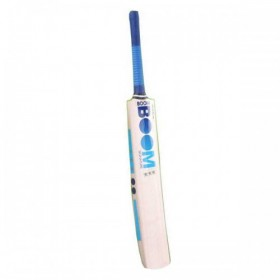 Boom 3 Star Cricket Bat